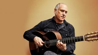David Broza presenta un disco con guitarras de Paco de Lucía