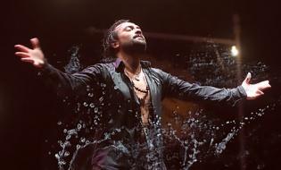 El bailaor flamenco David Morales celebra 40 años de escenarios